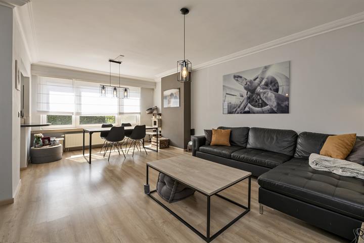 Mooi gelijkvloers 2-slaapkamer appartement aan Boekenberg.