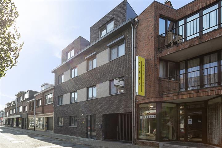 Prachtig appartement met 2 slaapkamers en een terras in centrum Schoten.